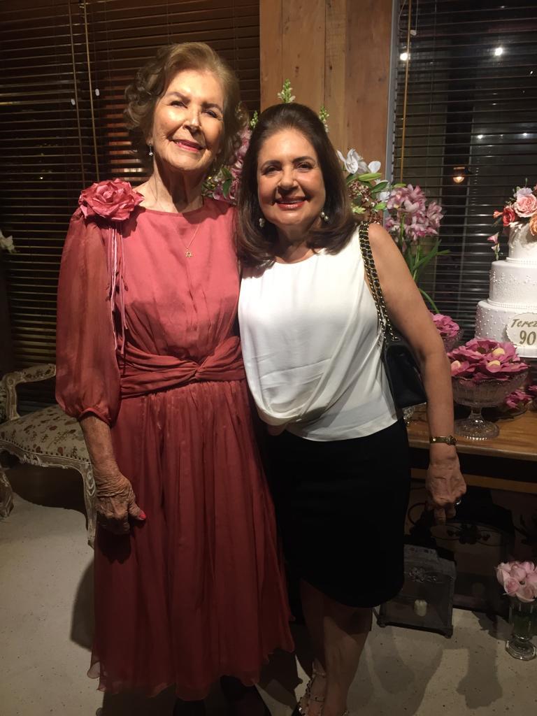 Thereza Boaventura e Márcia Fraga